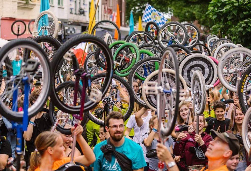 unicycle_community